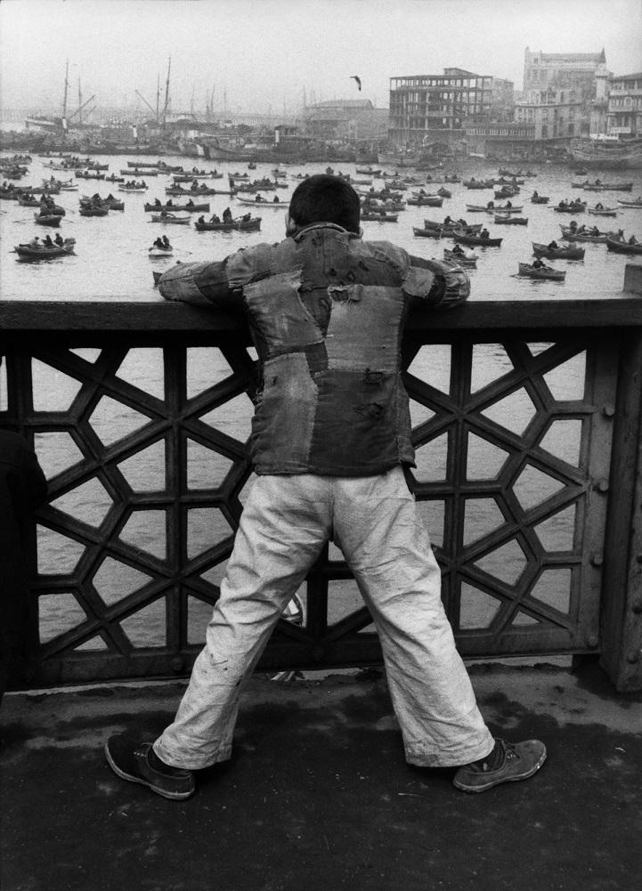 На Галатском мосту, Стамбул, 1953 год.