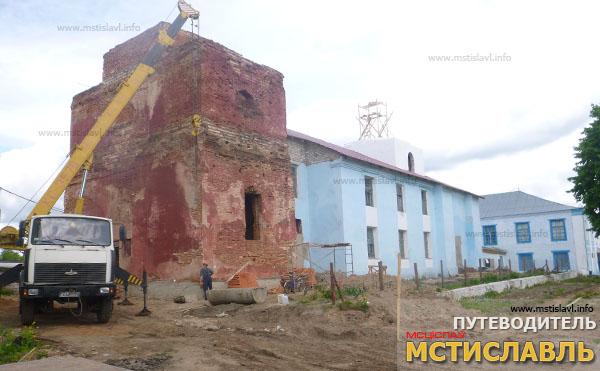 церковь Святой Троицы в Мстиславле - реконструкция началась