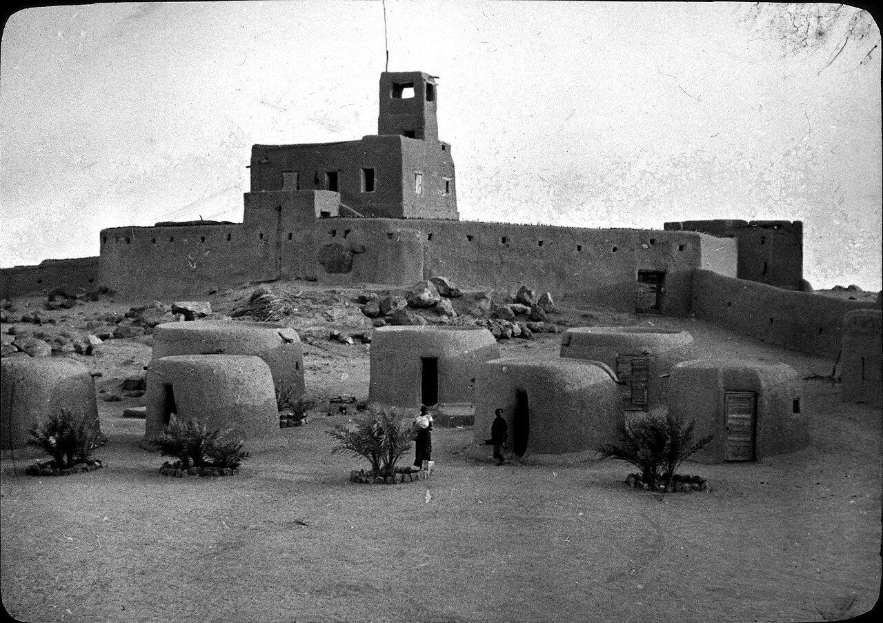 Мали. Форт Кидаль. Крепость из глины