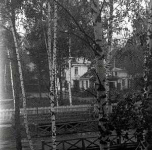 1910.  В поселке Новогиреево