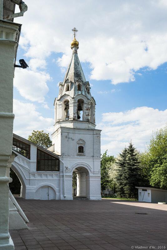 Колокольня. Храм Казанской иконы Божией Матери в Коломенском.