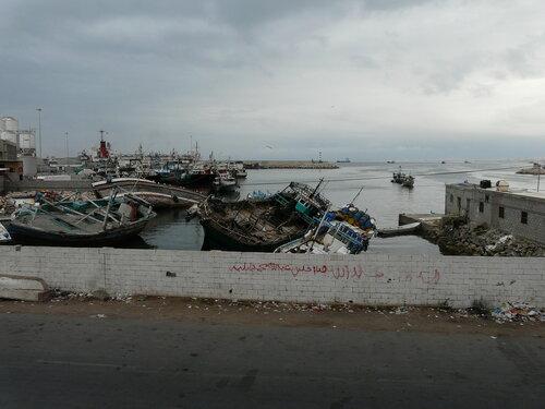 Аль-Каида напала на военных Йемена в порту Эль-Мукала