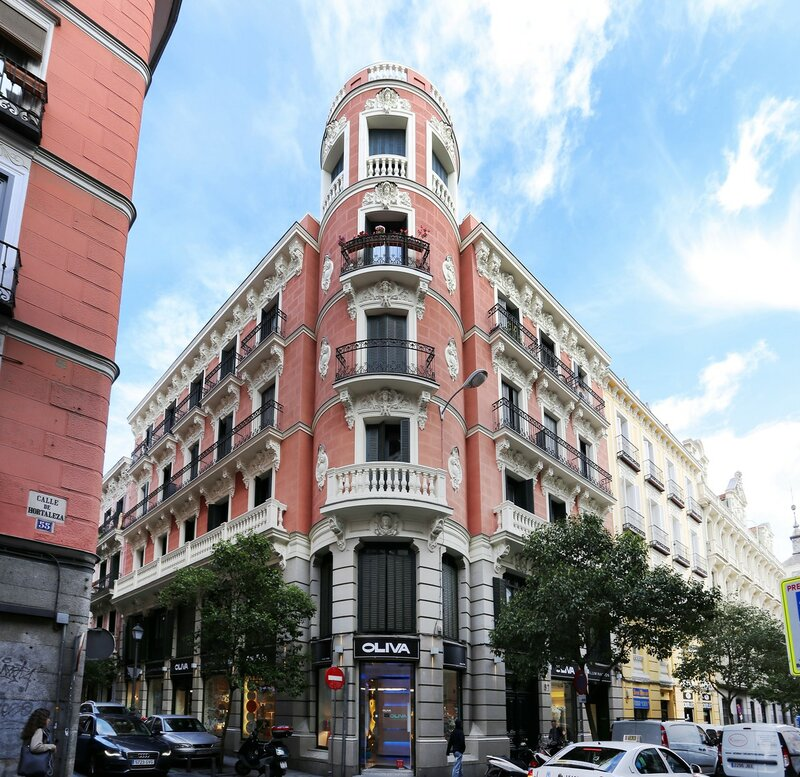 Мадрид. Улица Орталеса (Calle Hortaleza)