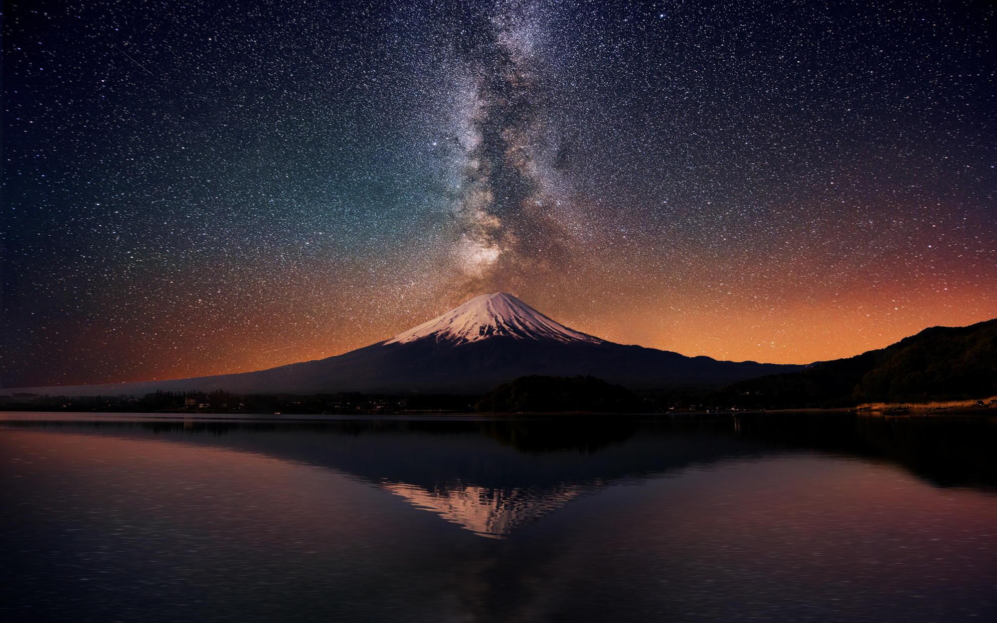 Фудзияма— действующий стратовулкан на японском острове Хонсю в 90 километрах к юго-западу от Токио.