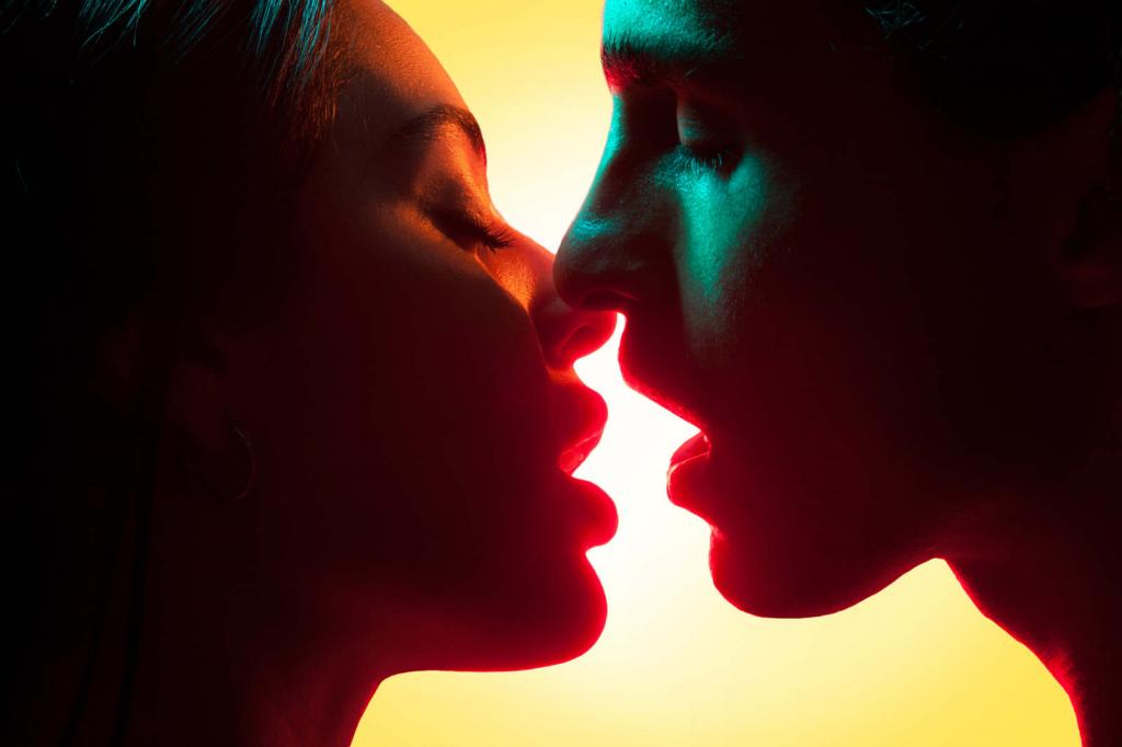 Красота поцелуя в проекте Мэгги Уэст