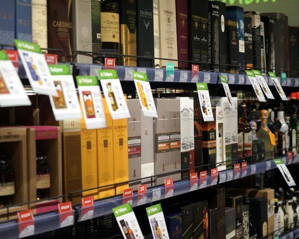 Минпромторг предлагает дифференцировать размер пошлины залицензию на реализацию алкоголя