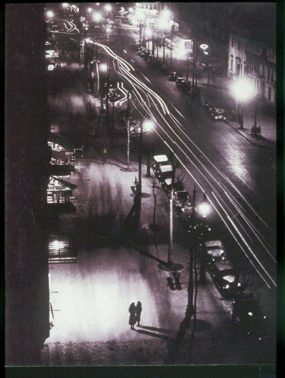 1931. Две проститутки, бульвар Монпарнас