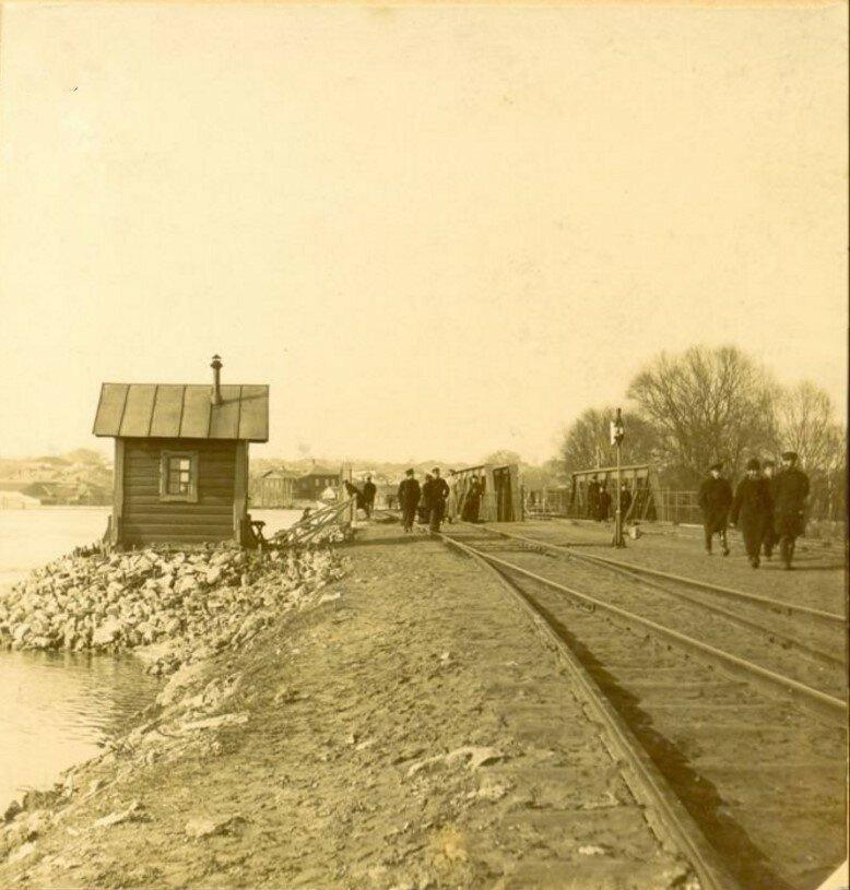 Железнодорожный мост через реку Тулицу