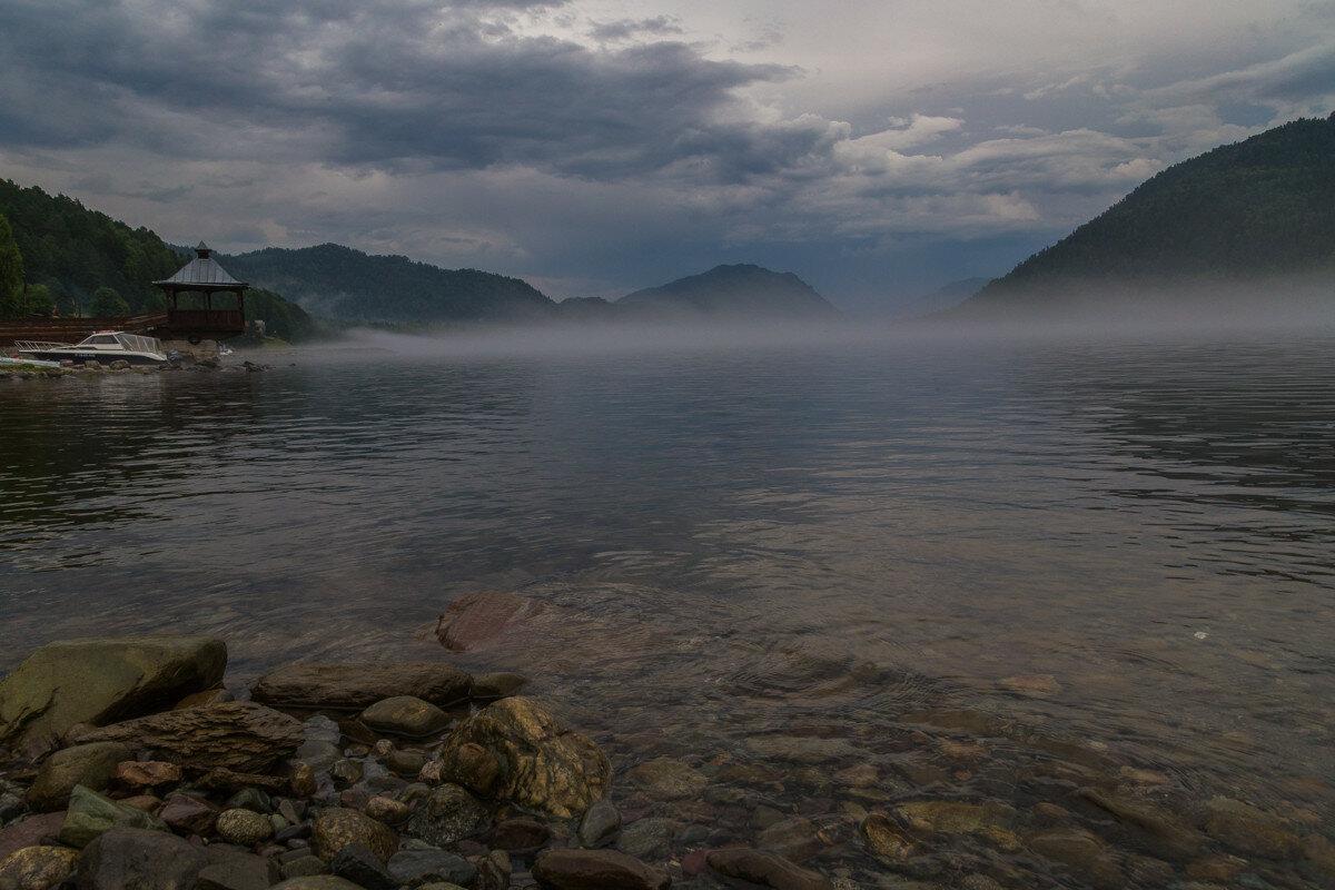 крупный телецкое озеро на фото планета этой группе сейчас