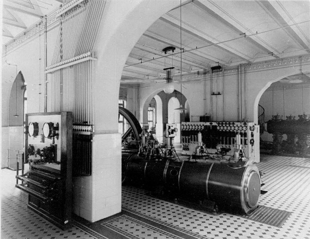 10. Внутренний вид электростанции фабрики