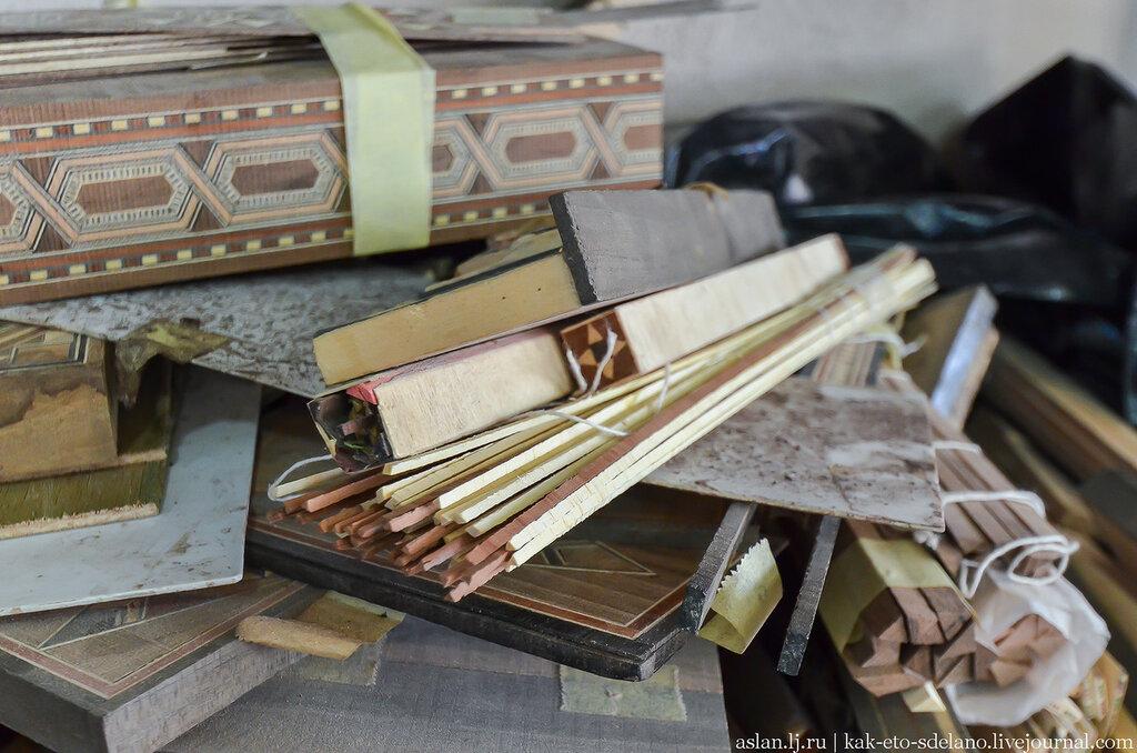 Как собирают мозаику в Иордании