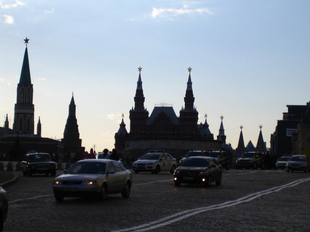 Красная площадь, Никольская башня, Угловая Арсенальная башня, Исторический музей, Воскресенские ворота с Часовней Иконы Божией Матери Иверская