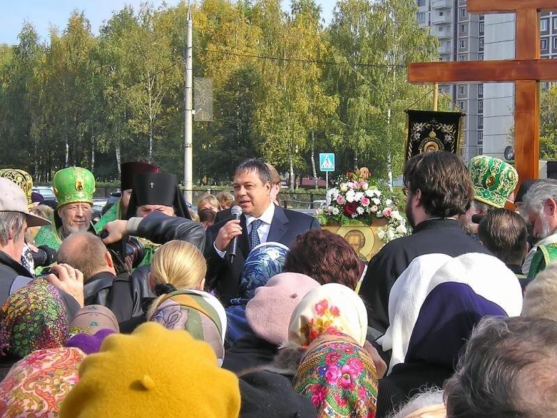 Строительство храма - освящение места - ©www.solncewo.ru