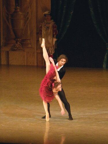 "Балет ""Дон Кихот"". Гранд па. Анна Жарова и Иван Васиильев."