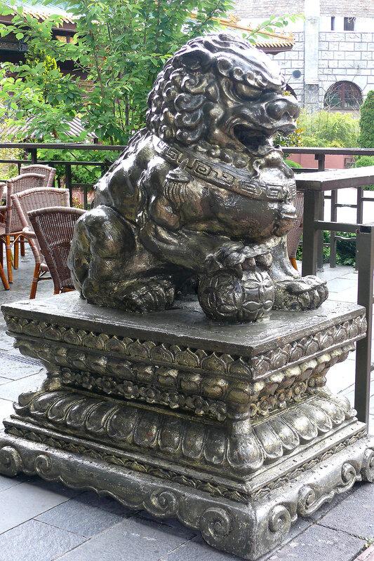 небесный лев Будды