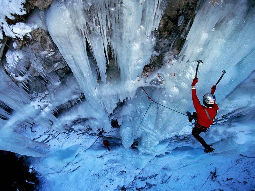Удивительные замерзшие водопады по всему миру 0 141bba 2720db7c orig