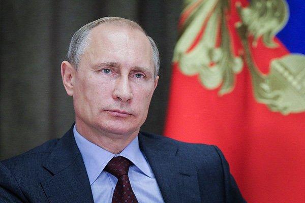 Путин похвалил Центробанк завклад вукрепление рубля