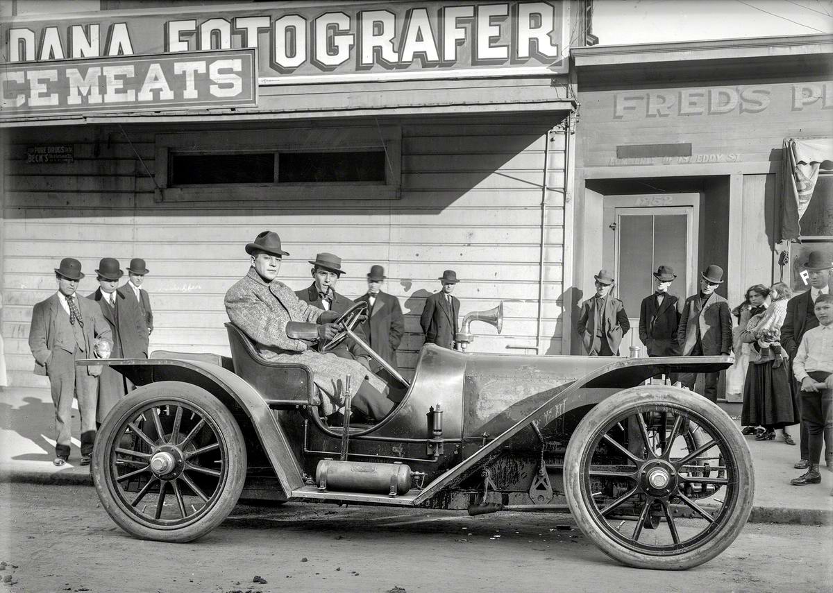 Американские автомобили и люди на снимках фотографов начала 20 века (1)