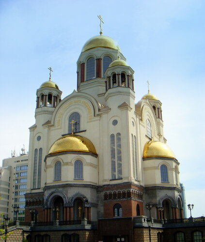 Храм-на-Крови во имя Всех святых, в земле Российской просиявших
