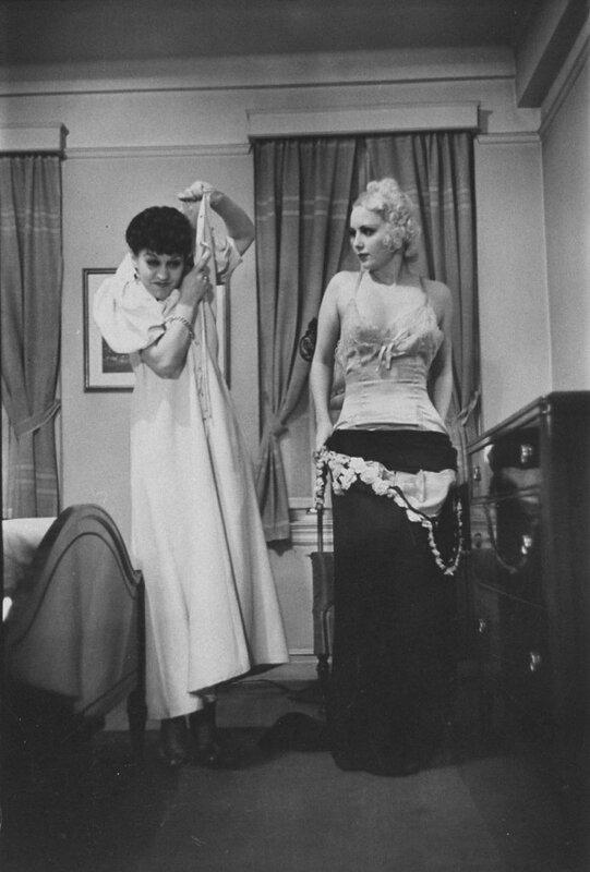 Undress-4.jpg