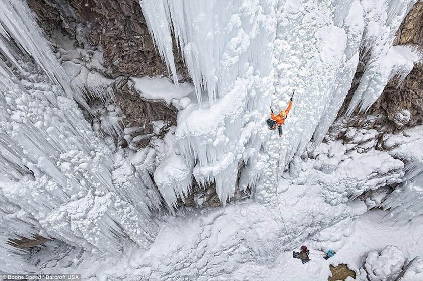 Удивительные замерзшие водопады по всему миру 0 141bb1 b4de1bbe orig