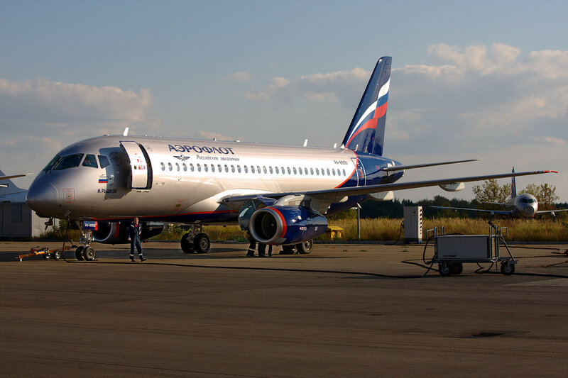 Sukhoi Superjet RA-89061