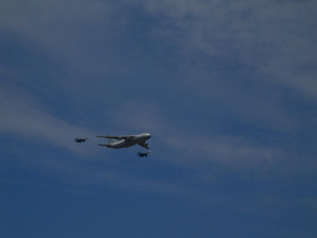 Ан-124 «Руслан» и Су-27
