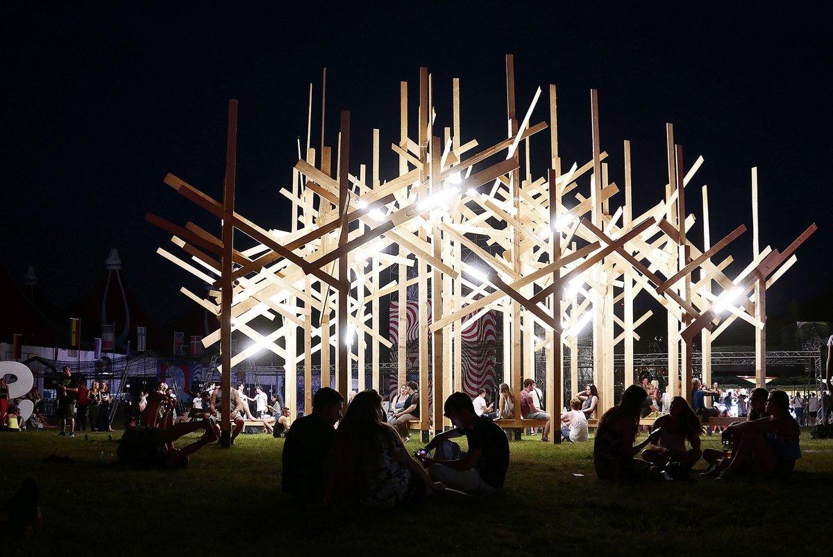 YokYok, Laure, Sammode, необычные городские инсталляции, городская инсталляция, Treedom, Sziget, Sziget 2015, искусственный лес, городская архитектура