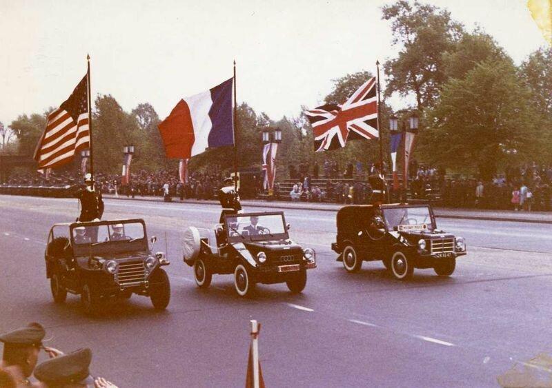 Парад союзников с Западном Берлине