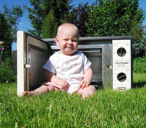Ребенок из микроволновки.