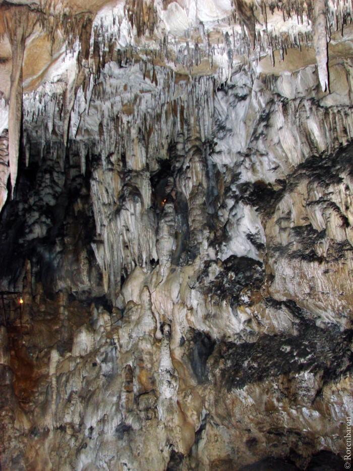 Азижская пещера