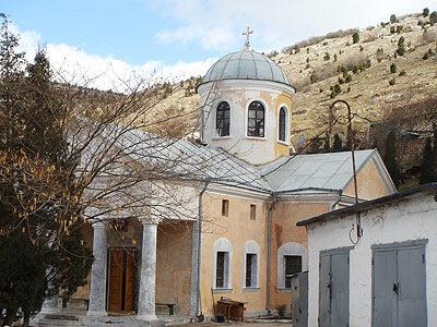 Монастыри и храмы Севастополя.