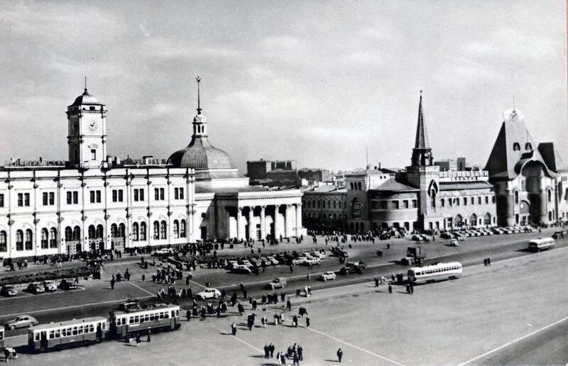 Москва. Комсомольская площадь