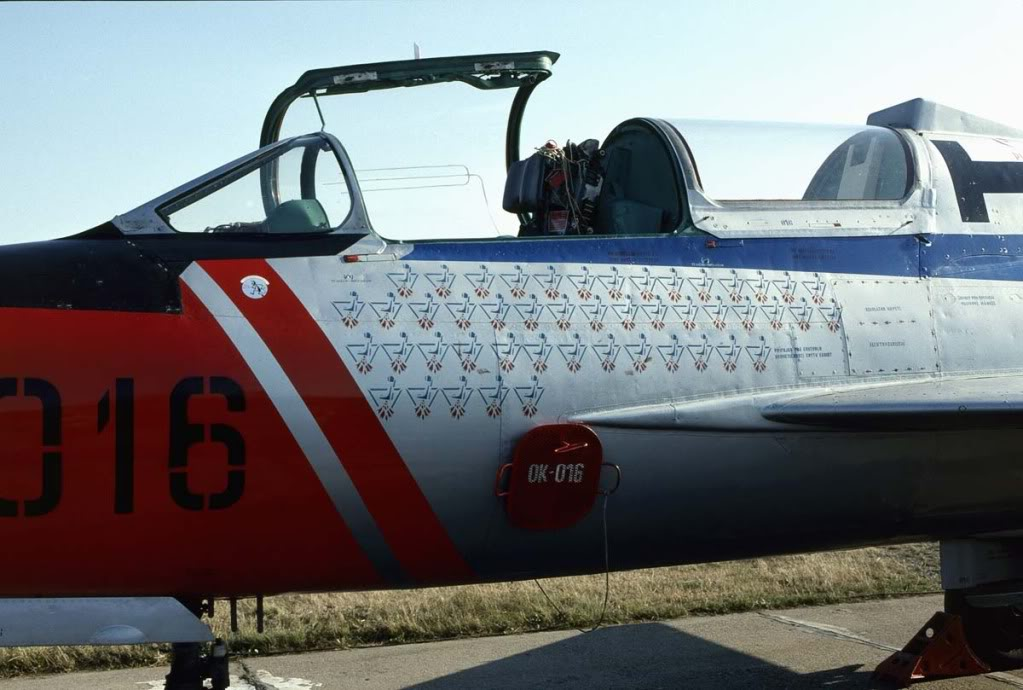 7131-OK-016-Mig-21U-Mongol.JPG