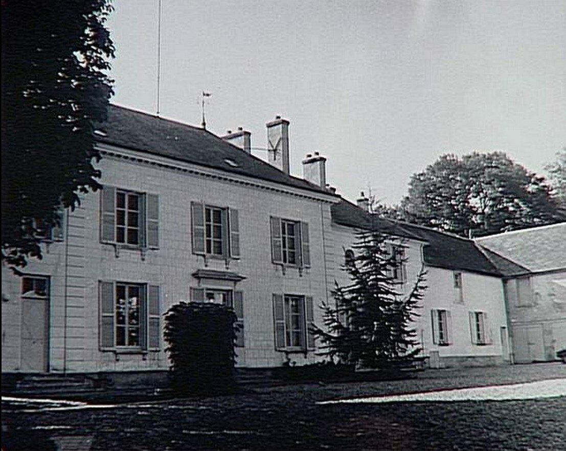 1960. Приорат в Сент-Илер, фасад