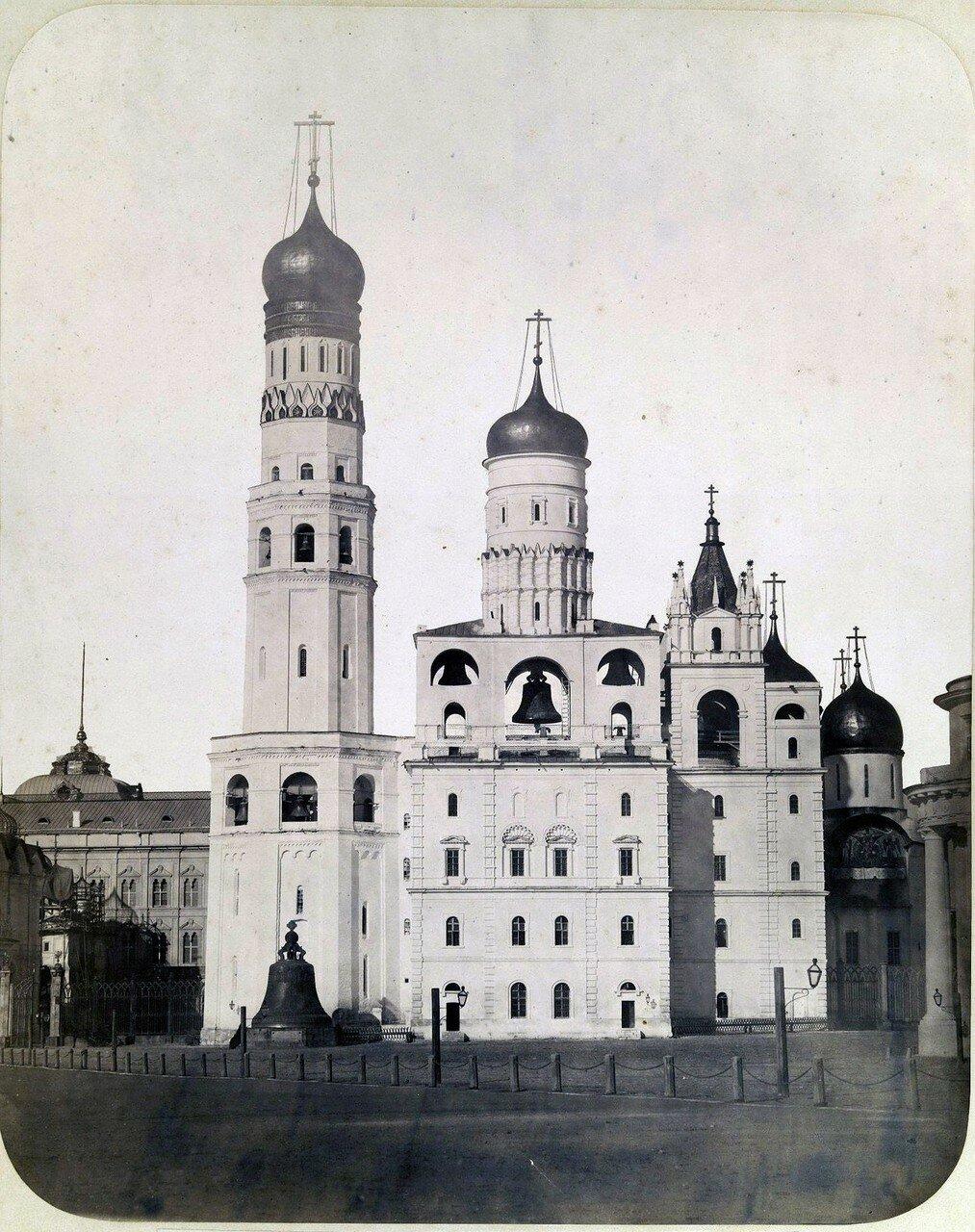 593. Вид на колокольню Ивана Великого