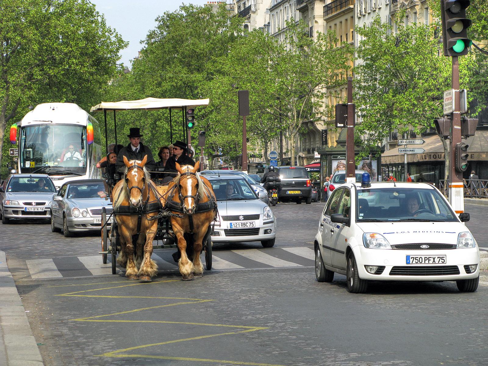 Будни Парижа