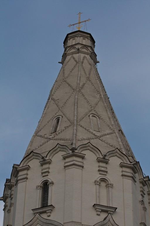 Храм Вознесения Господня в Коломенском с храмом-звонницей Георгия Победоносца