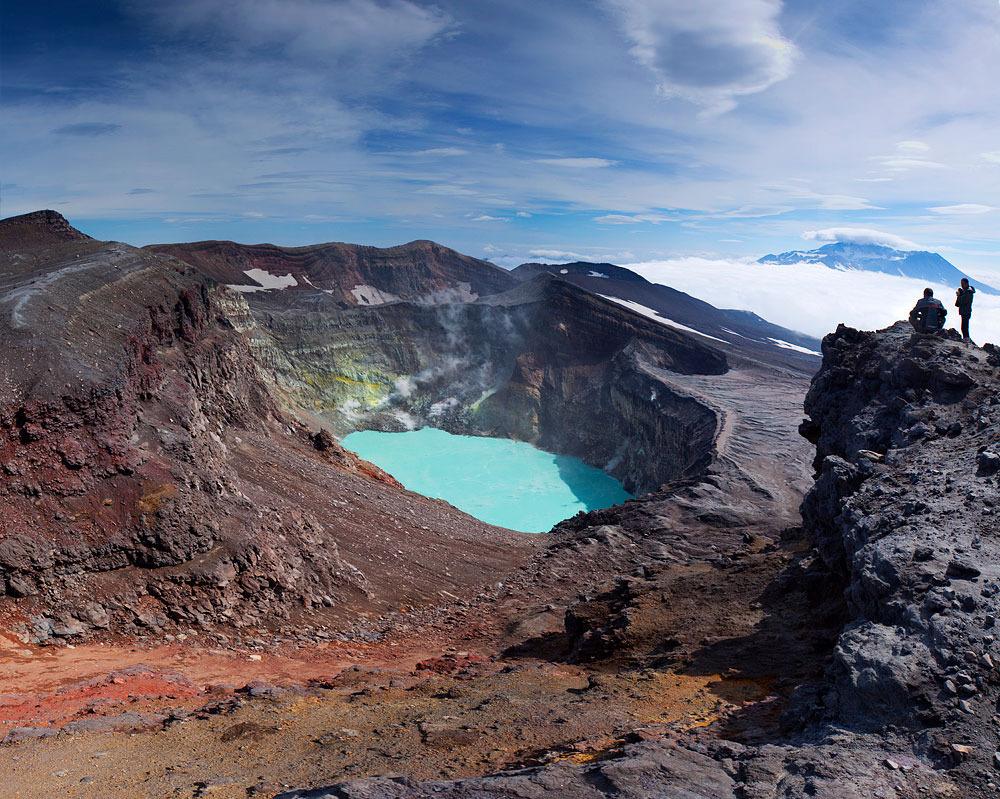 7 Южная Америка? Нет! Это кислотное озеро в кратере вулкана Малый Семячик на Камчатке! Малый Семячик