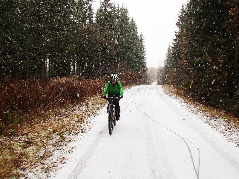 на велосипеде зимой беременной на четвертом месяце