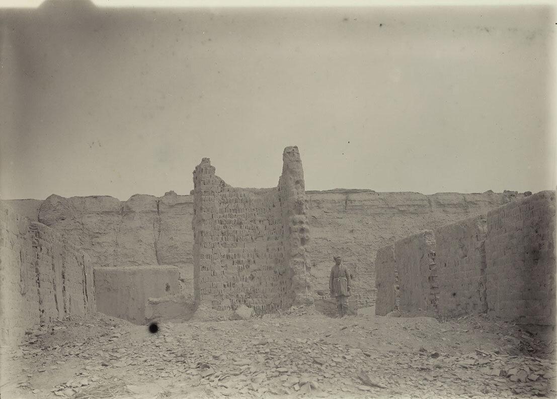 05. Руины Хара-Хото с восточной стороны