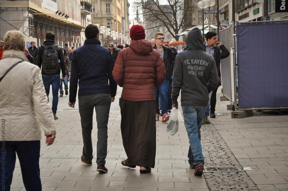 Munich-people-March-2015-(18).jpg