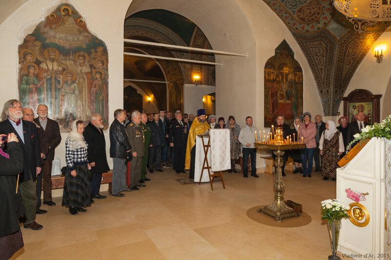 Молебен в Храме Вознесения Господня за Серпуховскими Воротами перед праздничным вечером, посвященном 285-й годовщине со дня рождения Александра Суворова
