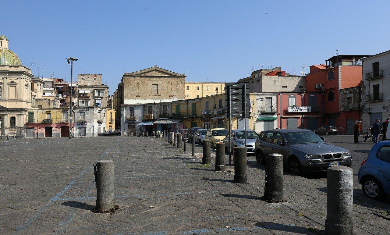 Неаполь. Рыночная площадь (Piazza Mercato)