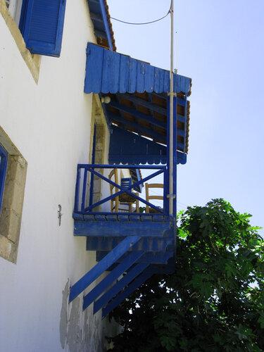Балкончик Латчи