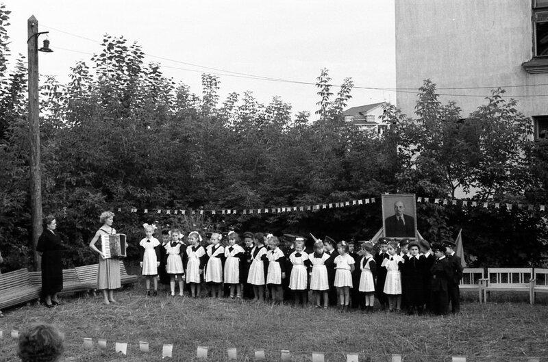Выпускная линейка в детском саду