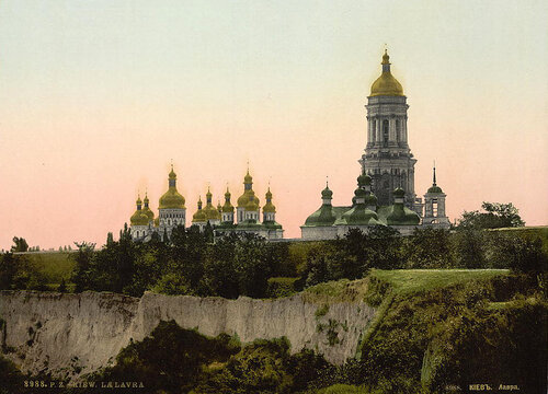 Открытка c видом Лавры XIX века. Источник: Library of Congress