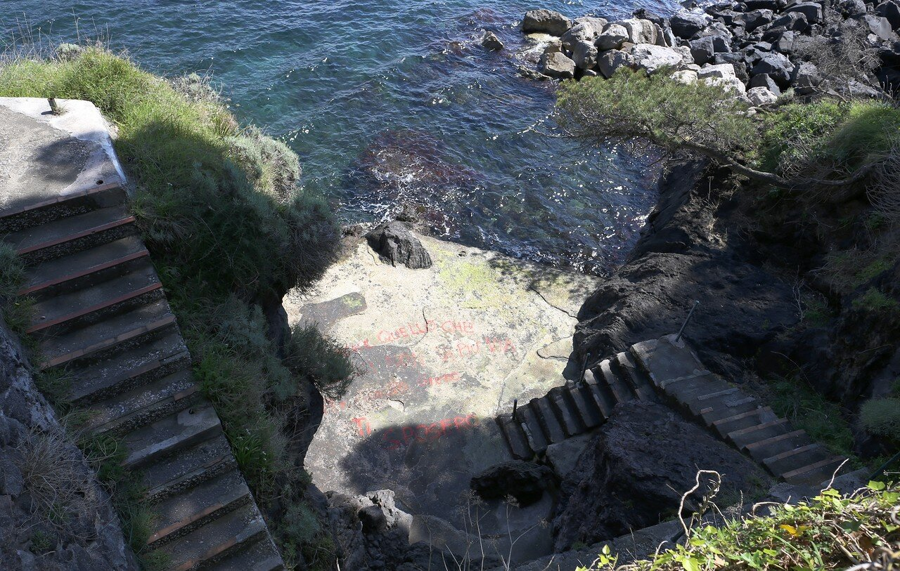 Cimitero Veccio, Ischia