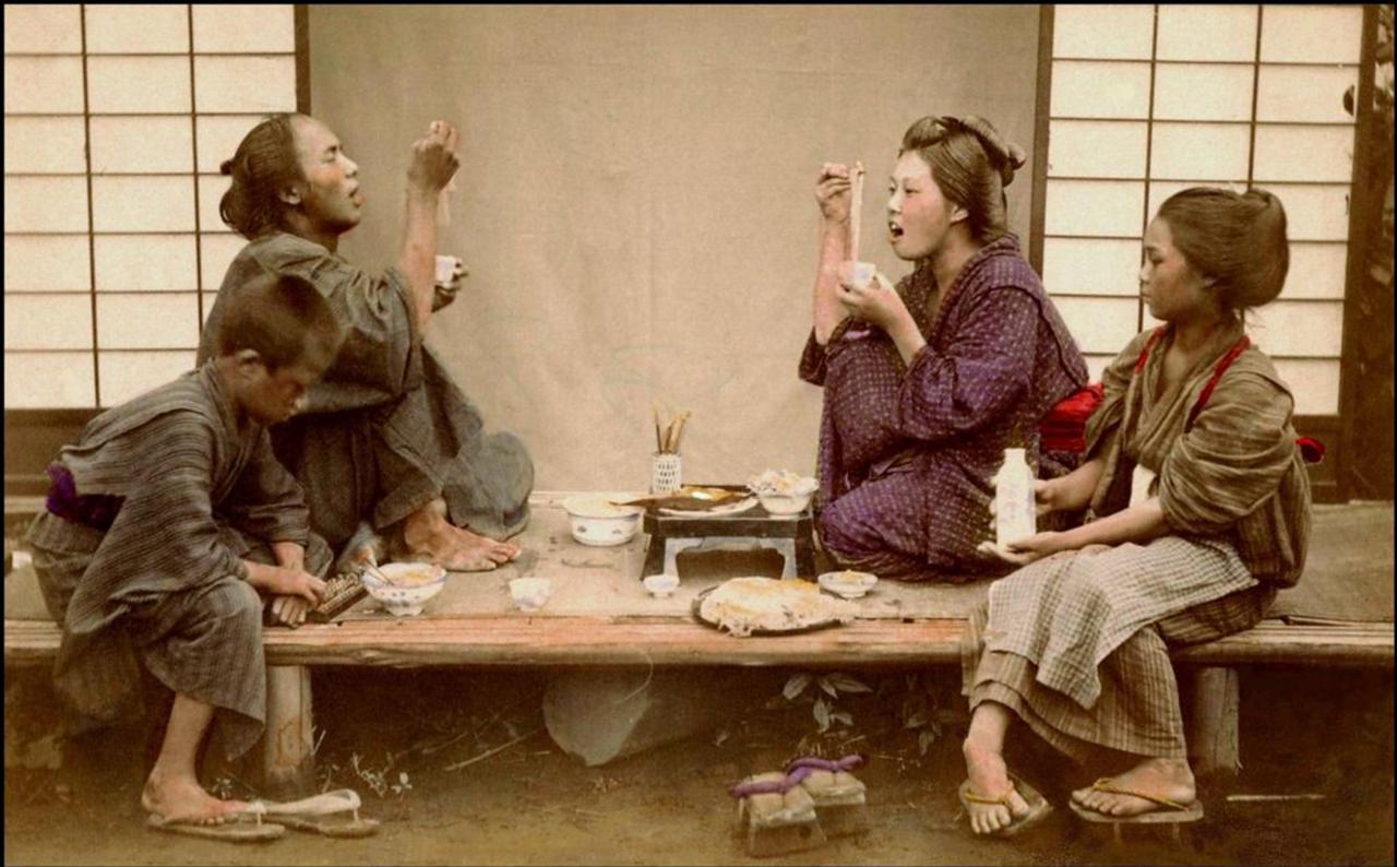 Поедание лапши