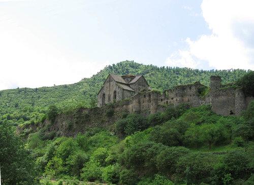 Монастырь Ахталла XIV в Армения